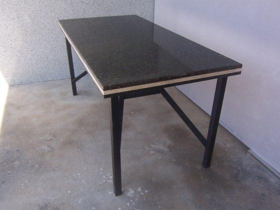 Mesa Granito negra